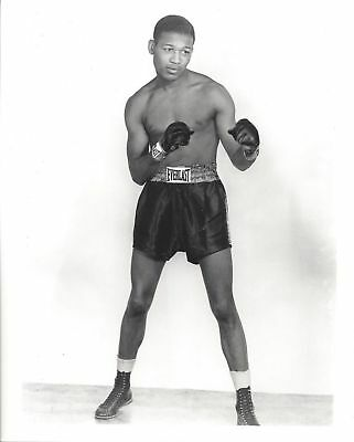 Health Benefits of Boxing: Sugar Ray Robinson demonstrating perfect posture