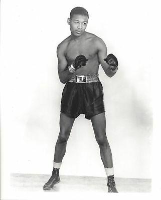 Health Benefits of Boxing: Sugar Ray Robinson demonstrating perfect posture